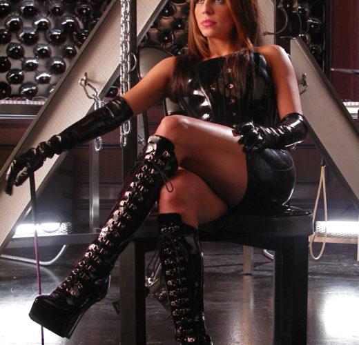 Azita Ghanizada in the Castle Episode, The Mistress Always Spanks Twice
