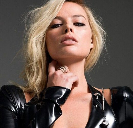 Margot Robbie ~ Photo Mix
